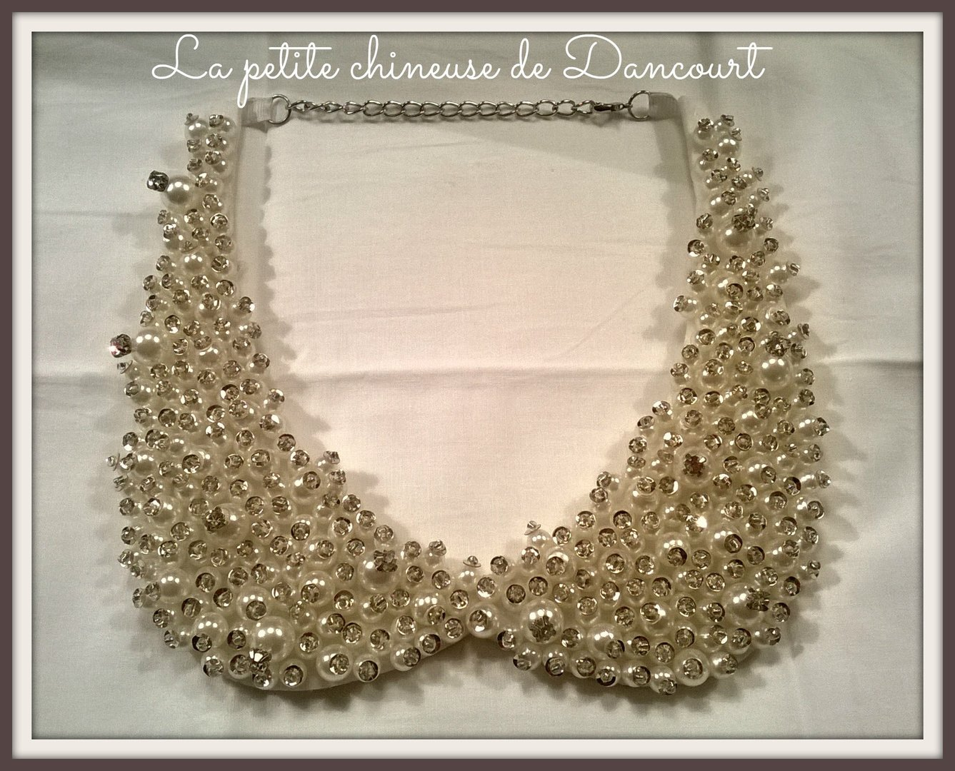 Collier col perles et strass