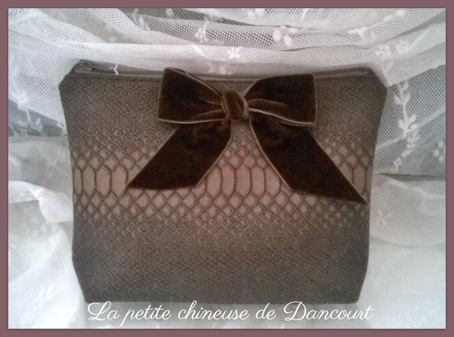 Trousse simili cuir marron