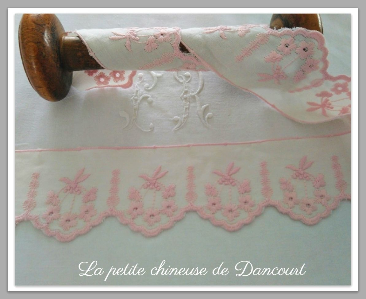 Broderie Anglaise Clarisse rose