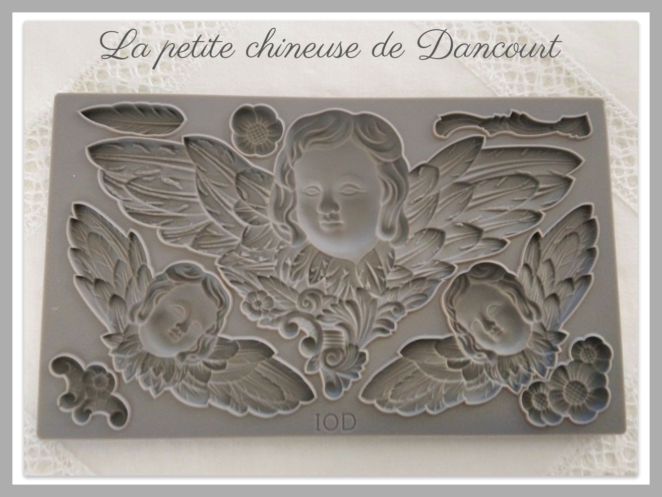 Moule Iron Orchid Designs (IOD) Cherubs