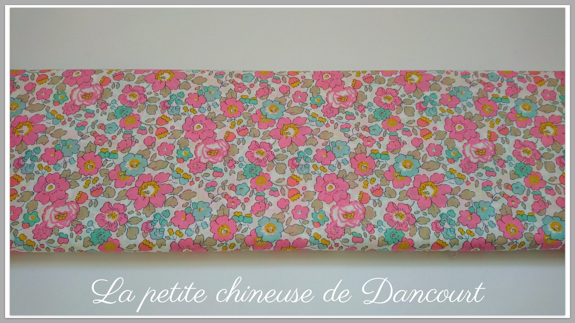 Tissus marque Liberty Tana Lawn® Betsy